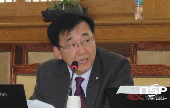 더불어민주당 김윤덕의원