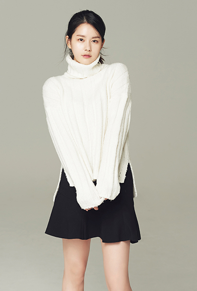 히어로즈 제네시스의 홍보모델 배우 김주현.