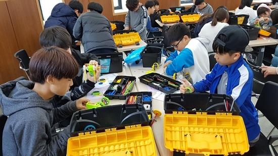 청소년수련활동 모습. (사진 = 군포문화재단)