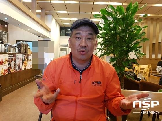 최승재 소상공인연합회장이 정부와 국회에 바라는 점을 말하고 있다. (사진 = 강은태 기자)