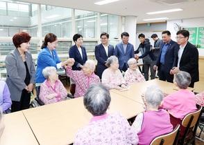 [NSP PHOTO]광명시의회, 관내 복지시설 위문 방문 실시
