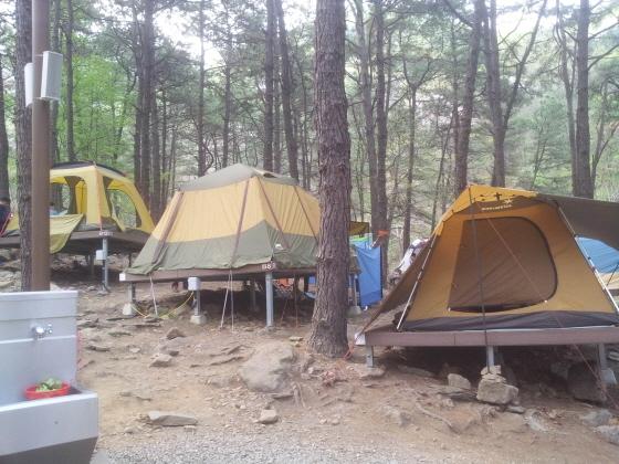안양시 병목안캠핑장에 설치된 텐트. (사진 = 안양시)