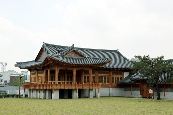 수원전통문화관 전경. (사진 = 수원문화재단)