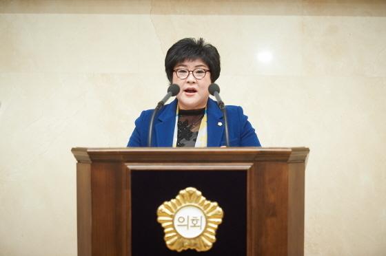 14일 용인시의회 제231회 임시회 제2차 본회의에서 장정순 시의원이 5분 자유발언을 하고 있다. (사진 = 용인시의회)