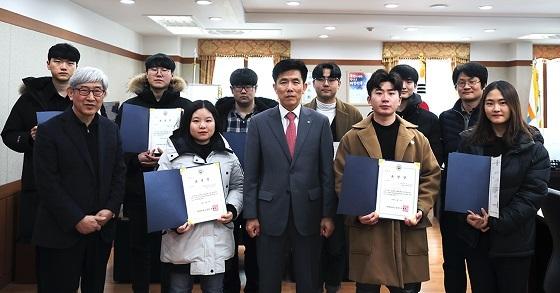 ▲한밭대가 지난 13일 2018년 HBNU인재인증제 우수참여자 시상식을 개최했다. (사진 = 한밭대학교)
