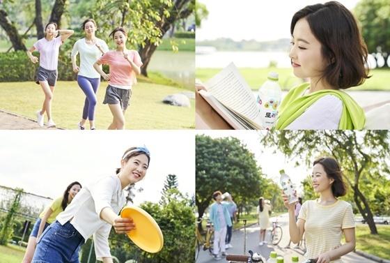 광고모델 박보영의 토레타 광고 현장 컷. (사진 = 코카콜라 제공)