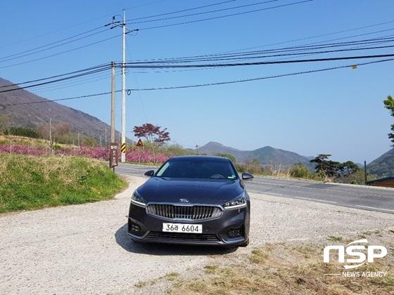 광주 무등산 자락의 기아차 K7 하이브리드 (사진 = 강은태 기자)