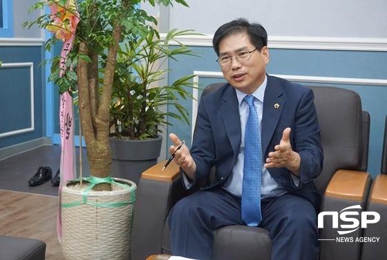 25일 국중현 경기도의원이 인터뷰를 하고 있다. (사진 = 나수완 기자)