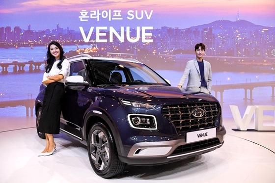 밀레니얼 혼라이프 세대의 현대차 엔트리 SUV 베뉴(VENUE) (사진 = 현대차)