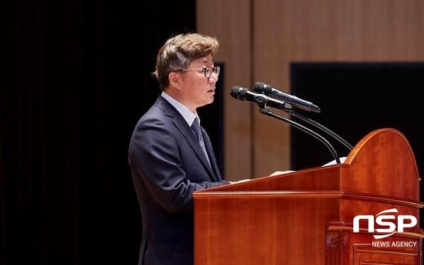 가스공사 채희봉 사장은 지난 9일 청와대에서 열린 공정경제 성과 보고회의에서 이번 모델에 대한 주요내용을 발표했다. (사진 = 한국가스공사)