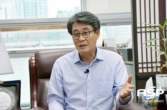 [포토]김광수 의원, '청년친화 우수국회의원 정책대상' 수상