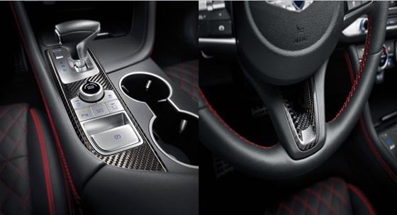 2020년형 G70 얼티밋 패키지(콘솔 인디케이터 커버)와 2020년형 G70 얼티밋 패키지 (스티어링 휠 이너 베젤)
