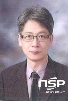 [NSP PHOTO]이영욱 군산대 교수, 국토교통부 장관 표창