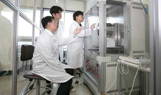 ▲단국대병원 현정근 교수팀이 다기능 인공신경도관을 개발했다. (사진 = 단국대병원)