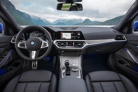 BMW 3시리지 운전석 내부 (사진 = BMW)