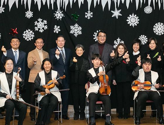 [NSP PHOTO]효성, 온누리 사랑 챔버 오케스트라에 후원금 전달