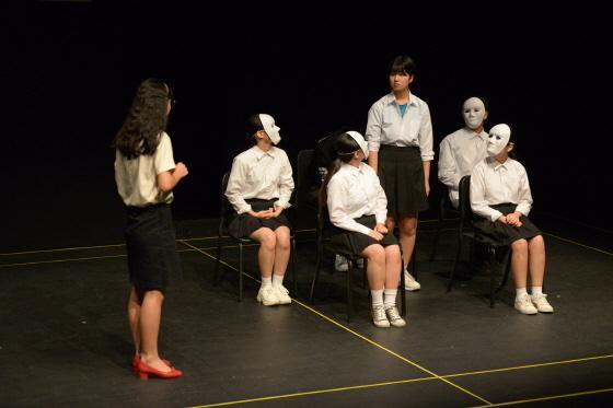 청소년 극단 고등어 단원들의 상반기 공연 모습. (사진 = 안산문화재단)