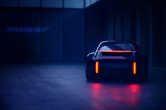 현대차 EV 콘셉트카 프로페시(Prophecy) 티저 (사진 = 현대차)