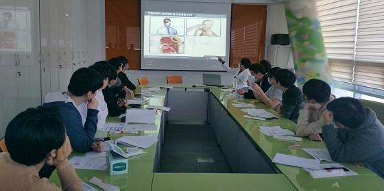 ▲논산시가 관내 공중보건의사를 대상으로 코로나19 대응을 위한 역량강화 교육을 실시했다. (사진 = 논산시)