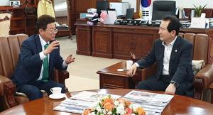이철우 경북도지사, 국무총리에게 '통합신공항·영일만대교' 문제해결 적극 건의