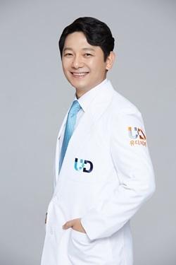 진세식 유디 강남치과의원 대표원장