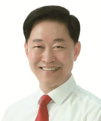 용인시의회 후반기 미래통합당 대표로 선출된 윤재영 의원. (사진 = 용인시의회)