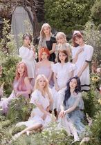[포토]트와이스 미니 9집 'MORE & MORE', 걸그룹 최다 판매량 기록