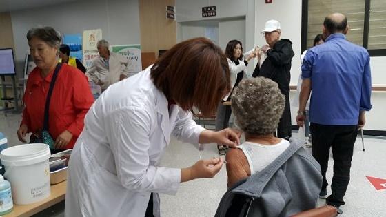 ▲공주시가 인플루엔자 무료 예방접종 대상자를 확대 시행한다. (사진 = 공주시)