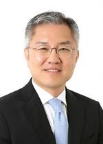 [포토]최강욱 의원, '국회의원 3선 제한법 발의'